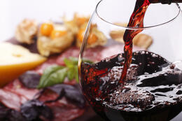 Book a Martha's Vineyard Car Rental and Go to the Annual  Food & Wine Festival