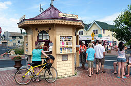 Top 10 Must See Spots to See on Martha's Vineyard